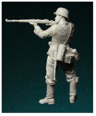 Calujący Żołnierz Niemiecki , 1939-43 Stalingrad 1/35