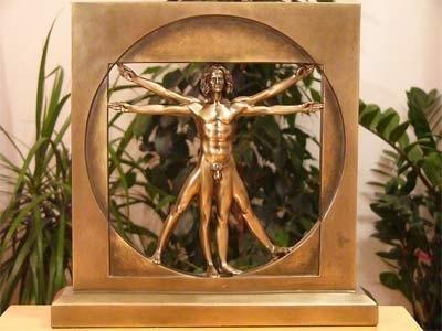 Człowiek witruwiański statuetka