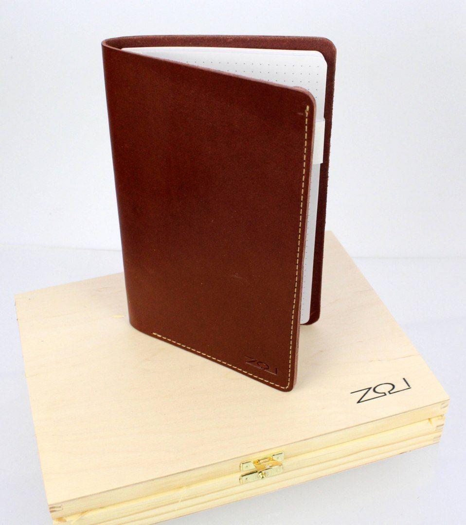 Notatnik W Skórzanej Oprawie RED Z Kieszonką + Pudełko Drewniane Wymienne Wkłady Skóra Licowa Vintage Solidny Notes