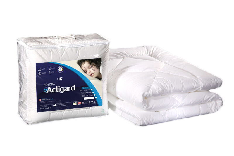 Kołdra antyalergiczna 140x200 Actigard 0,80 kg biała 100% bawełna wykończona substancją antybakteryjną Actigard AMW