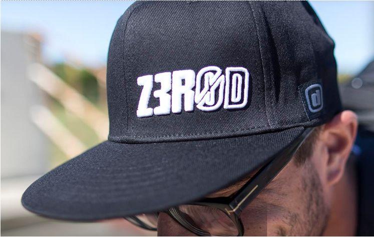 ZEROD Czapka lifestyle FITTED TRUCKER CAP czarna
