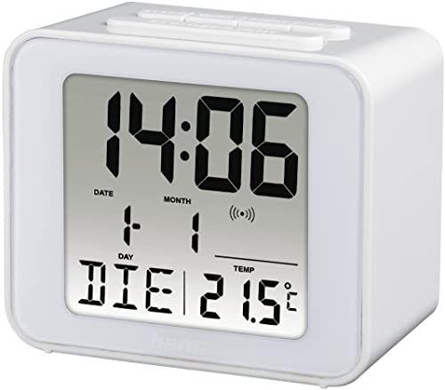 Hama 186305 cyfrowy budzik radiowy (mały budzik z radiem i światłem, budzik podróżny z automatycznym dostosowaniem czasu, cyfrowy budzik z baterią) biały