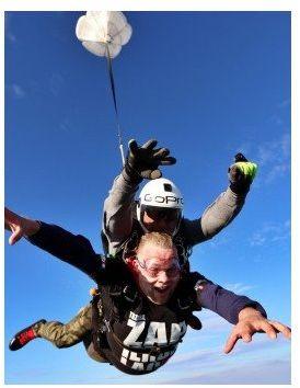 Skok ze spadochronem  Zielona Góra