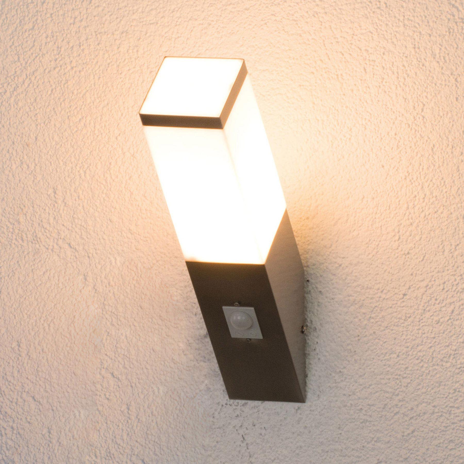 Lorian - lampa zewnętrzna z czujnikiem