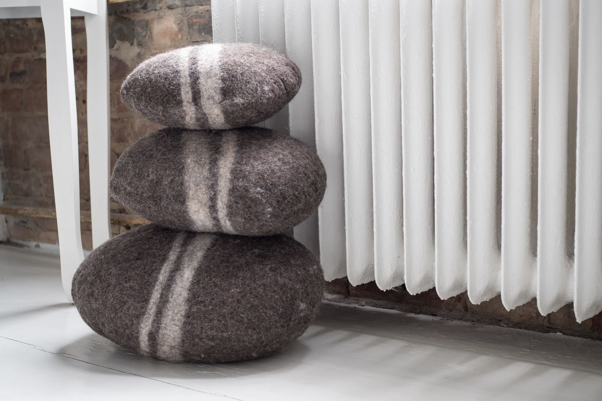 Poduszka filcowa Kamień Brązowy średni