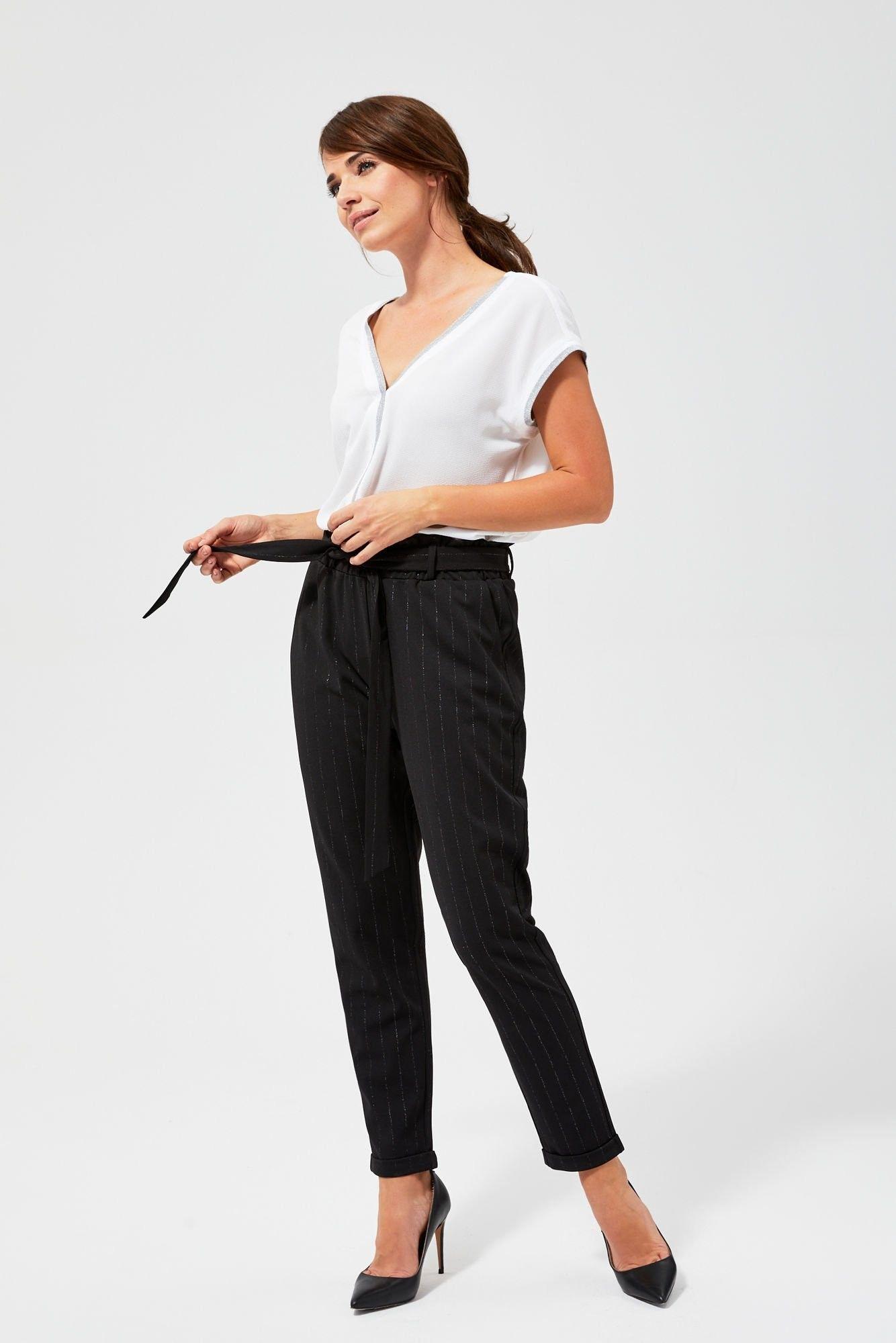 Spodnie w metaliczne prążki