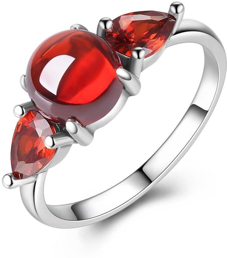 Srebrny Pierścionek z Czerwonym Kryształem Górskim