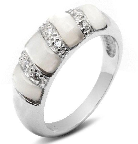 Pierścionek Srebrny z Białym Koralem Masą Perłową