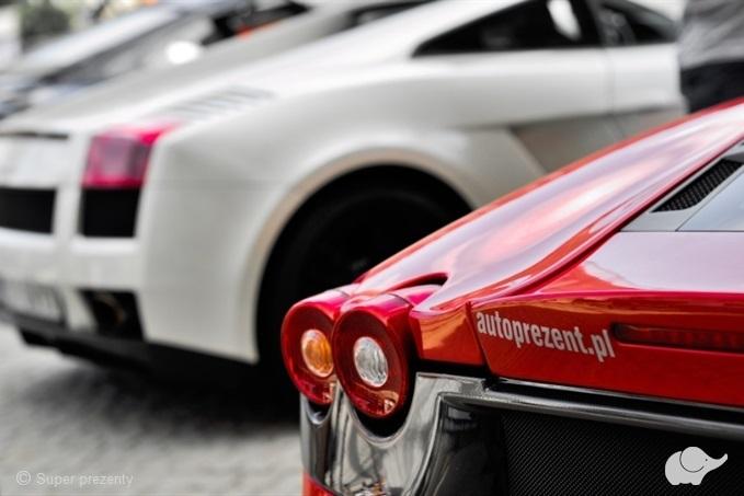 Ferrari vs Lamborghini Tor Poznań