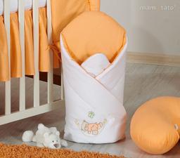 MAMO-TATO Rożek niemowlęcy usztywniony z haftem Miś w hamaku w łososiu