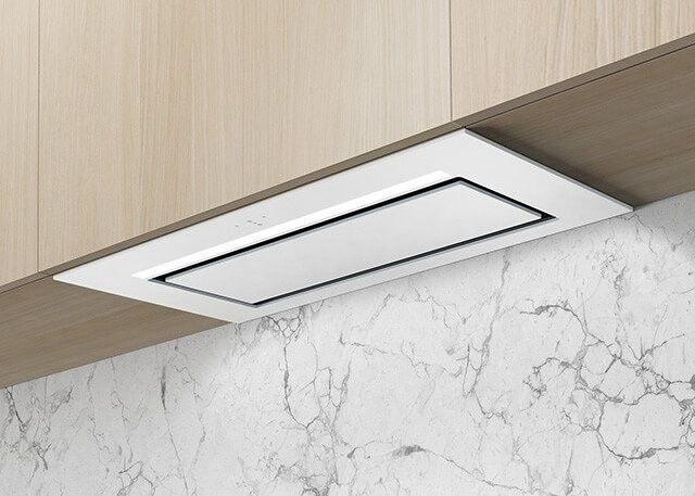 Aura Biały Pochłaniacz z filtrem węglowym 74cm