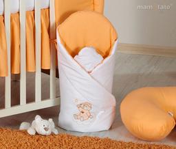MAMO-TATO Rożek niemowlęcy usztywniony z haftem Miś na chmurce w łososiu