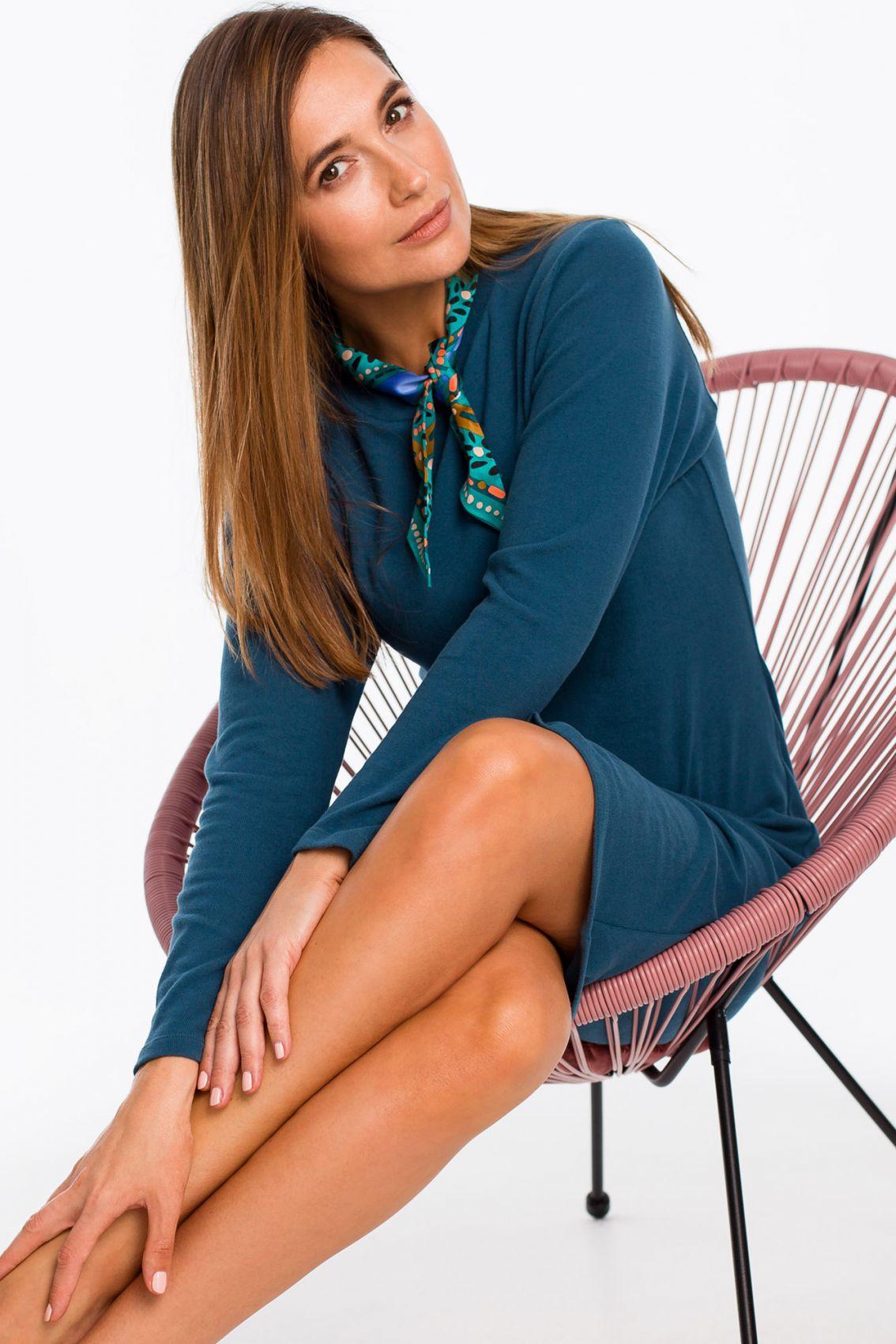 S178 Sukienka swetrowa z długimi rękawami - morska