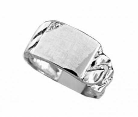 Srebrny sygnet z cyrkonią, pancerka