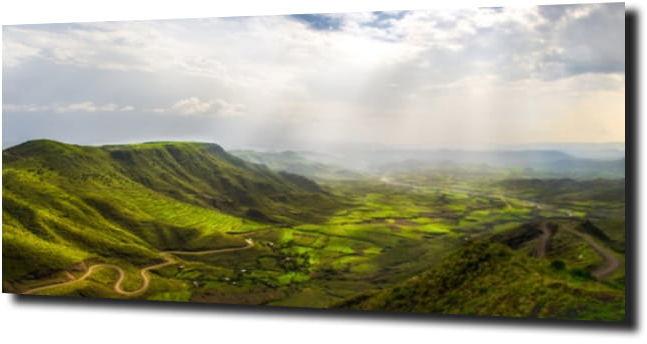obraz na szkle Krajobraz góry zieleń