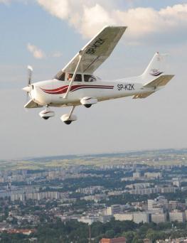 Lot widokowy samolotem dla 3 osób  Kraków
