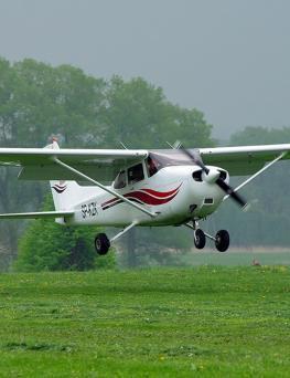 Lot widokowy samolotem dla 3 osób  Kraków-Bieszczady