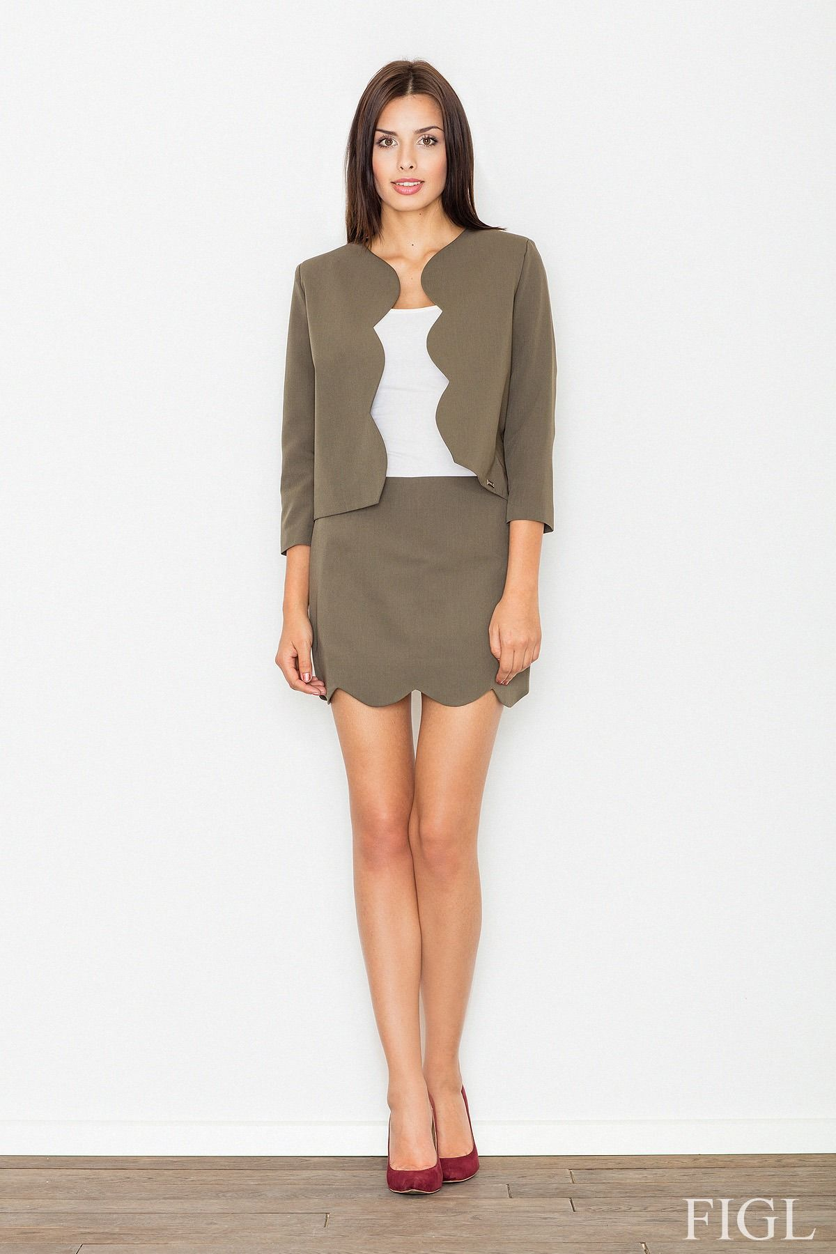 Elegancki oliwkowy komplet spódnica + żakiet