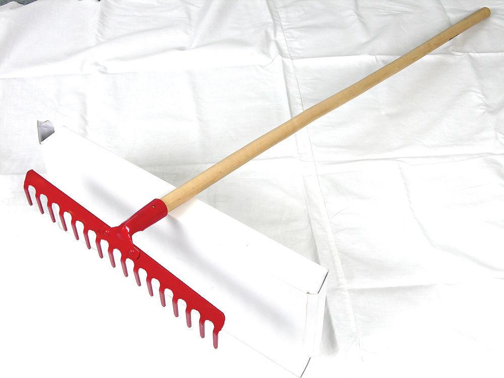 12389 Grabie ogrodowe nitowane 18 zębów, trzon: 130cm