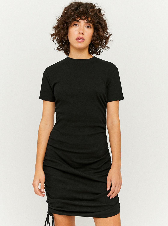 Tally Weijl czarna sukienka ołówkowa