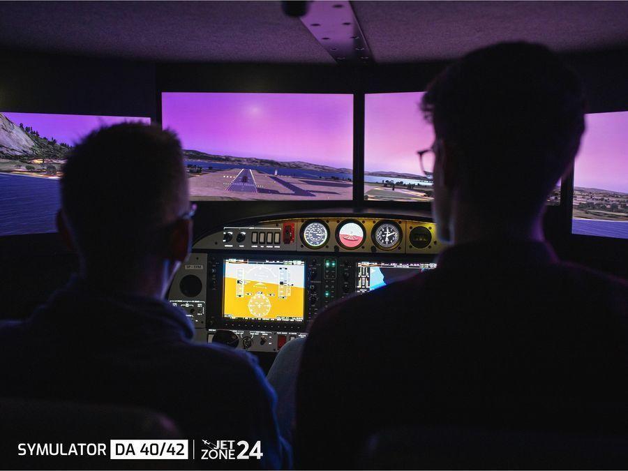 Symulator lotu samolotem - Diamond DA 40/42 - Warszawa - 60 minut