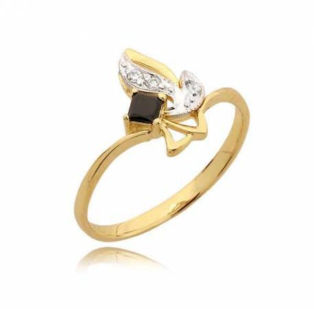 Niezwykły pierścionek z czarną cyrkonią