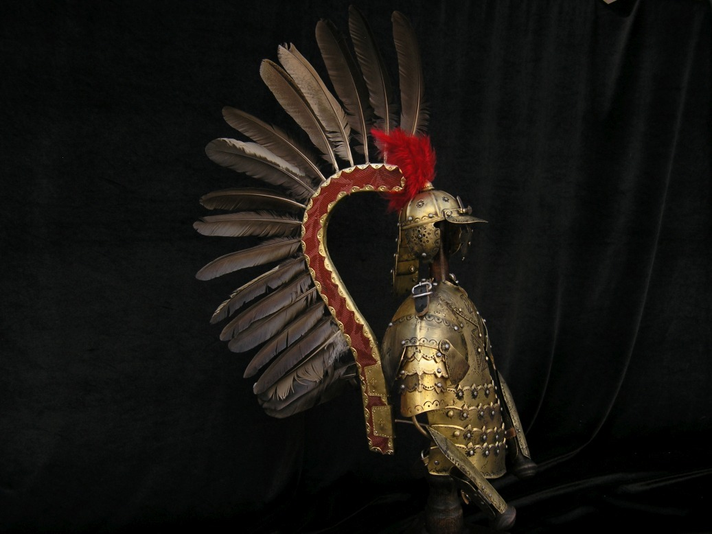 Zbroja husarska miniatura ze stojakiem 60 cm
