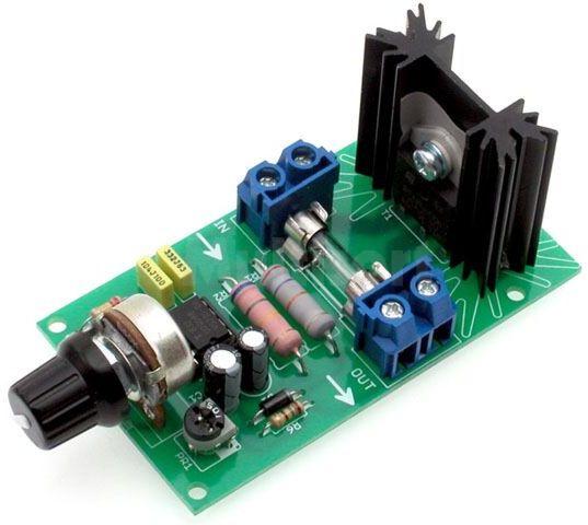 Wzmocniony regulator mocy odbiorników 230VAC (do montażu)