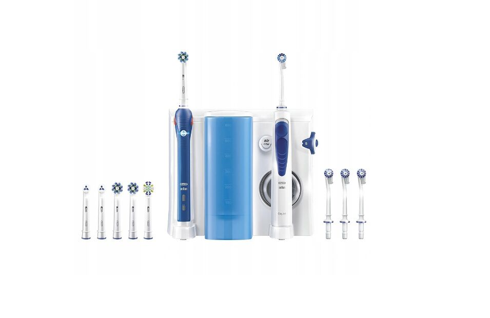 Oral-B Pro 3000 + Oxyjet Cleaning System Oral Health Center