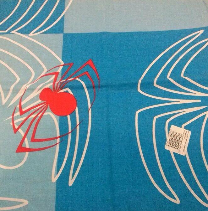 Poszewka bawełniana 40x40 Spiderman niebieska szachownica czerwony pająk 1145