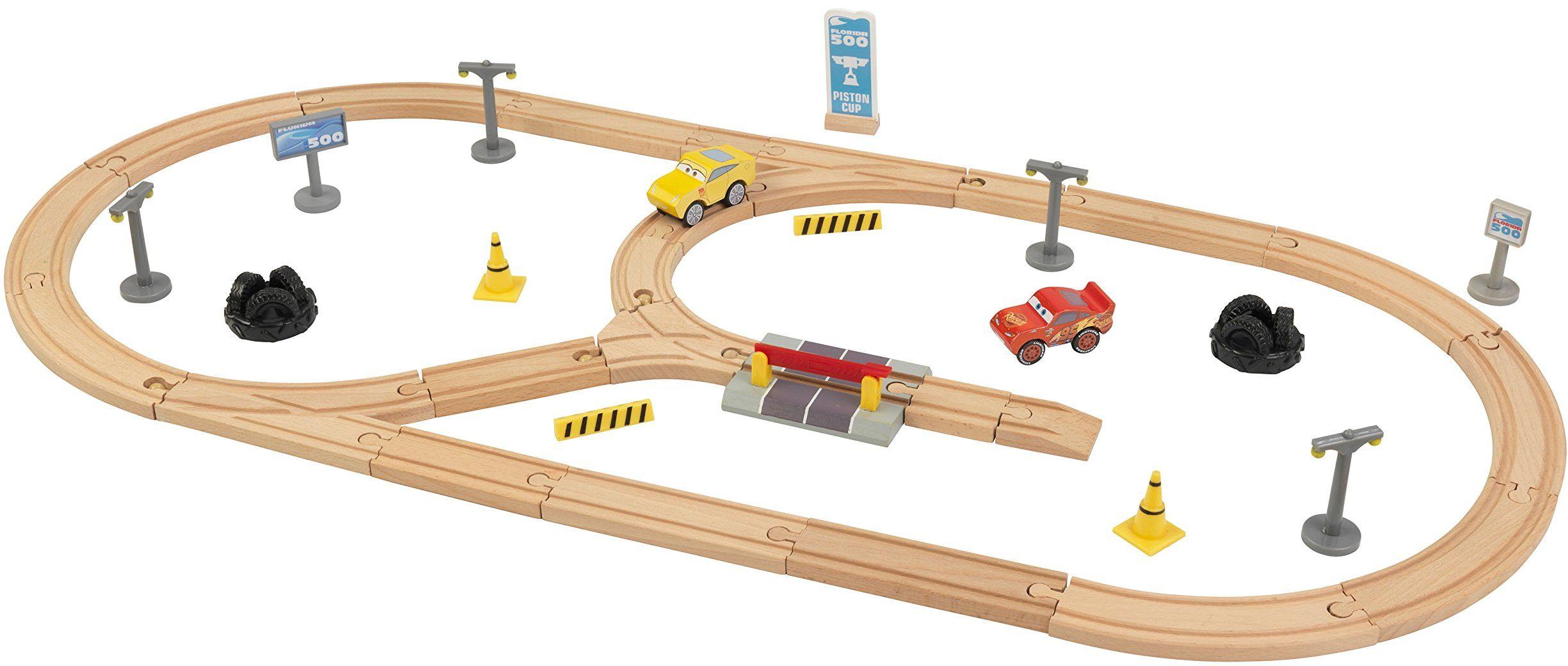 KidKraft 17213 Disney Pixar Cars 3 Build Your Own Track zestaw toru wyścigowego z drewna dla dzieci z 57 klockami, samochodami zabawkowymi i akcesoriami