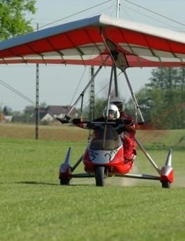 Lot szkoleniowy motolotnią dla dwóch osób
