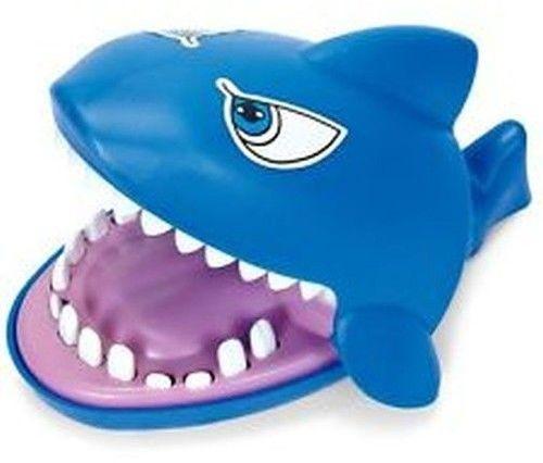 Gra Zręcznościowa Gryzący Rekin Szczęki