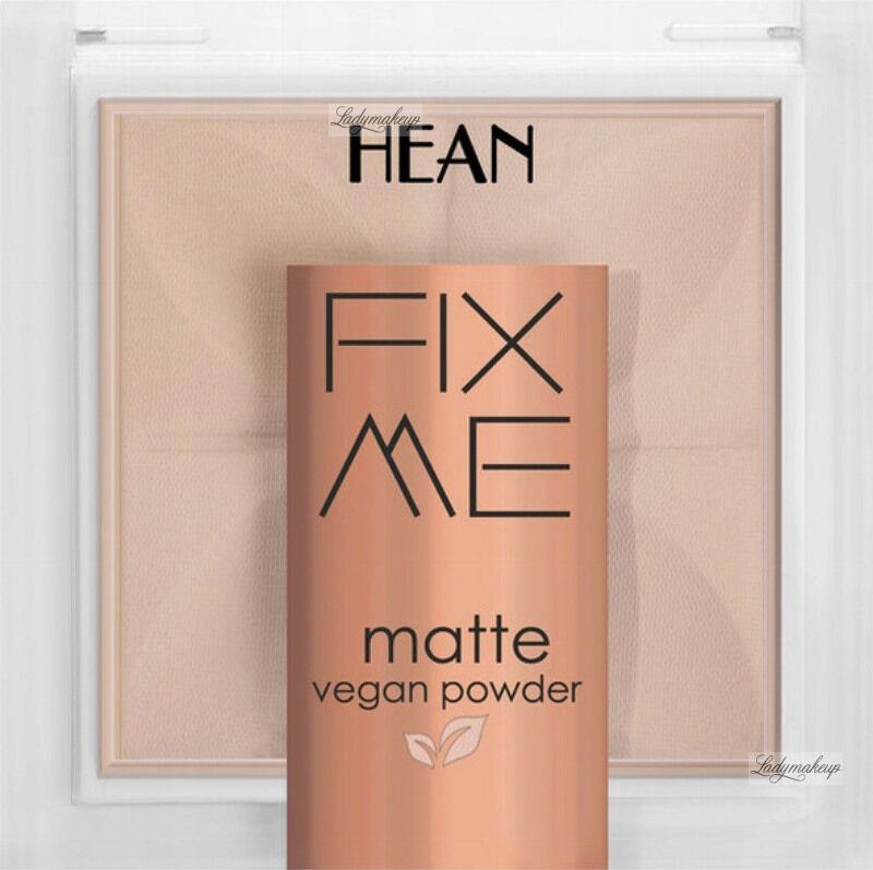 HEAN - FIX ME - Matte Vegan Powder - Matujący, wegański puder do twarzy - 8g - 62 BEIGE