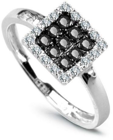 Staviori pierścionek. 16 diamentów, szlif brylantowy, masa 0,08 ct., barwa h, czystość i1. 9 diamentów, kolor czarny, szlif brylantowy, masa 0,135 ct.. białe złoto 0,585. szerokość 8 mm. szerokość obrączki ok. 2 mm.