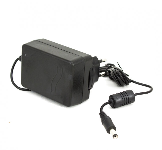 Ładowarka CH-1 dla niwelatorów laserowych Nivel System NL200/300/400/500/600/800 HTML