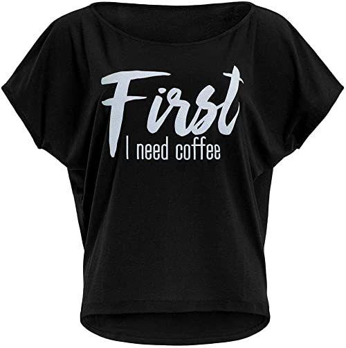 """Winshape Damska ultra lekka modna koszulka z krótkim rękawem MCT002 z białym nadrukiem""""First I need coffee"""" z brokatowym nadrukiem, Winshape Dance Style Czarno-biały błyszczący XL"""