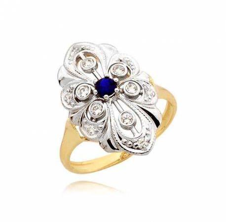 Przepięknie zdobiony pierścionek z szafirem