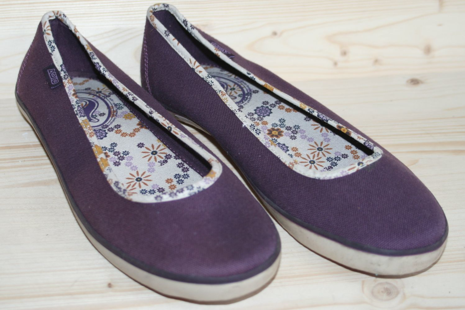 obuwie damskie ADIO slip-on Shoes S127