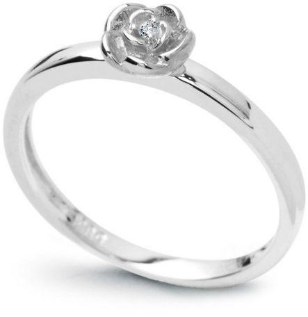 Staviori pierścionek. 1 diament, szlif brylantowy, masa 0,01 ct., barwa h, czystość i1. białe złoto 0,585. średnica korony ok. 5 mm. szerokość obrączki ok. 2 mm.