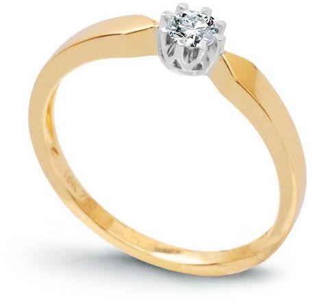 Staviori pierścionek. 1 diament, szlif brylantowy, masa 0,15 ct., barwa g, czystość si1. żółte, białe złoto 0,585. średnica korony ok. 4 mm. wysokość 3 mm. szerokość obrączki ok. 2 mm. dostępny z dowolnym innym brylantem na indywidualne zamówienie.