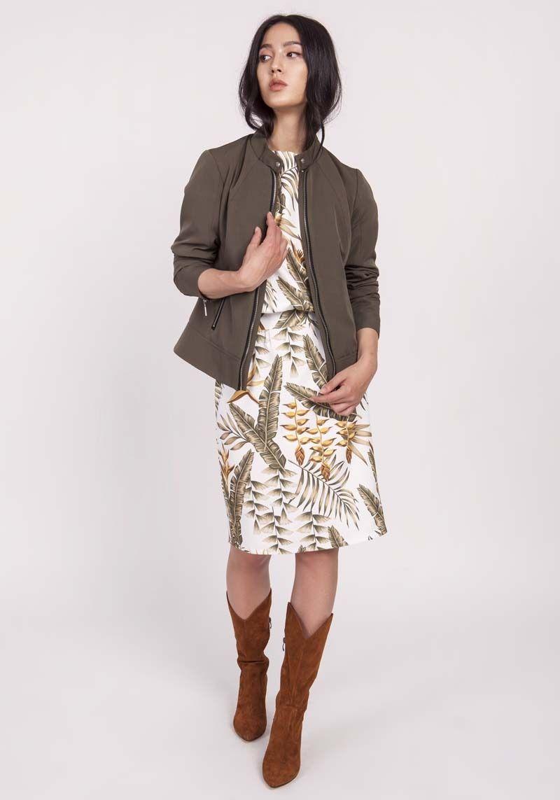 Khaki krótka kurtka na suwak ze stójką