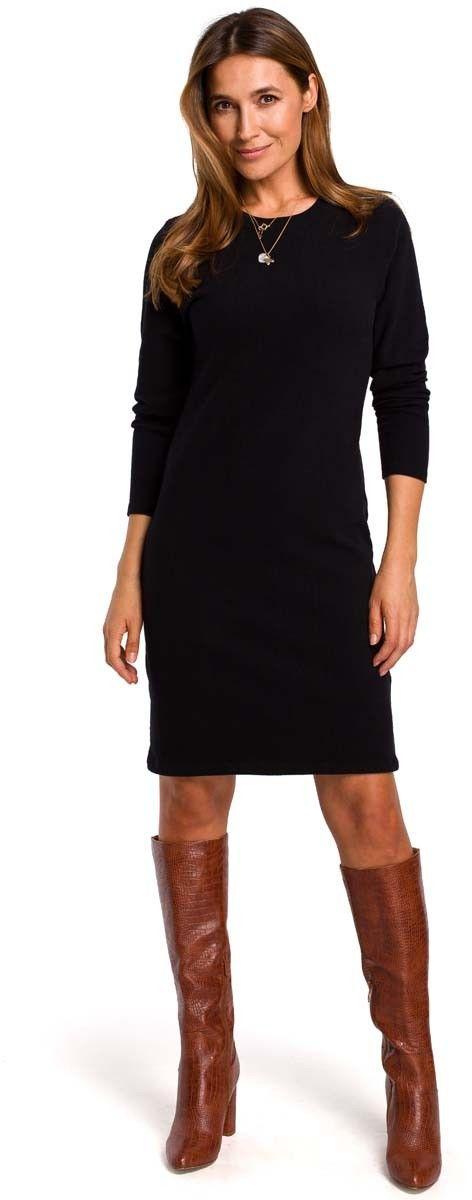 Czarna dzianinowa prosta sukienka przed kolano