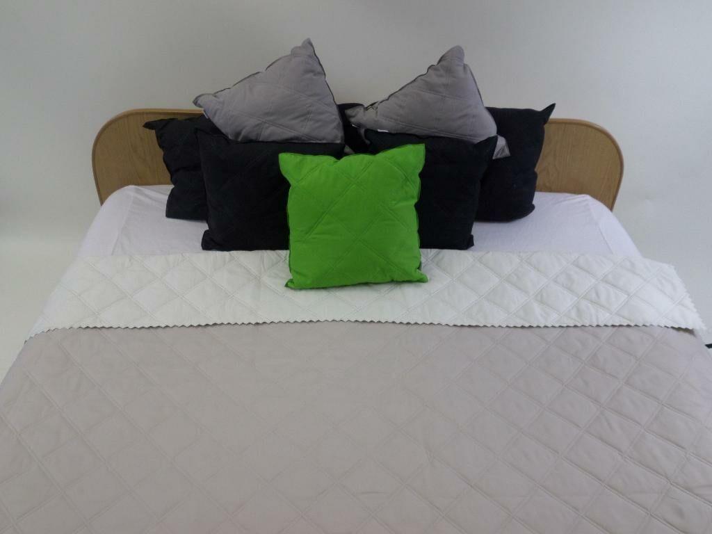 Narzuta na łóżko 220x240 Tereska Jasnobeżowa