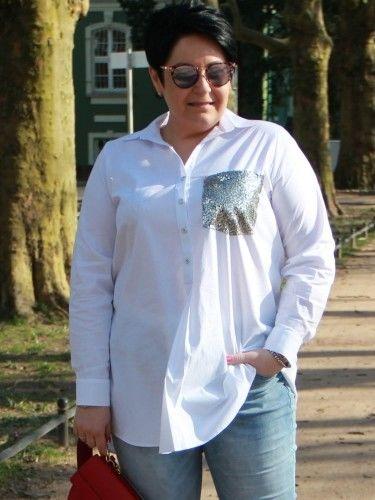 Koszula tunika rozpięcie polo xxl ANDREA z cekinową kieszonką biała