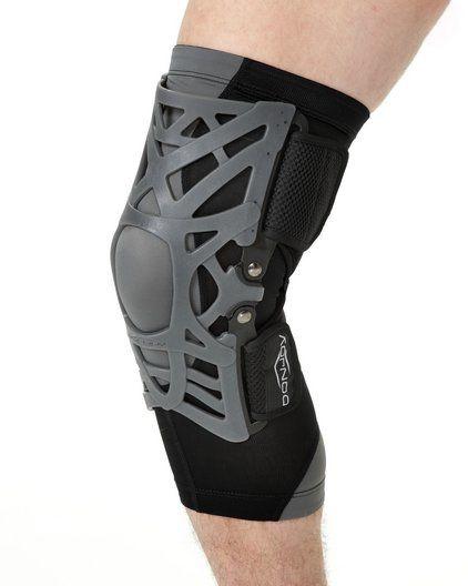 Orteza kolana - stabilizator DonJoy Reaction WEB + rękaw kompresyjny (110215)