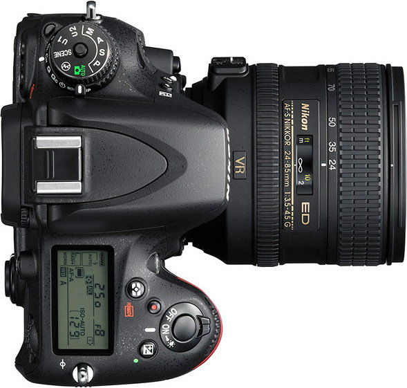 Nikon D610+ Nikkor AF-S 24-85mm f/3.5-4.5G ED VR Czarny + Karta SD 32GB