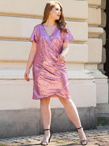 Sukienka na wesele cekinowa kopertowa ołówkowa GLORIA drapowanie talii puder róż