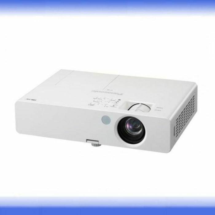 Projektor Panasonic PT-LB1E