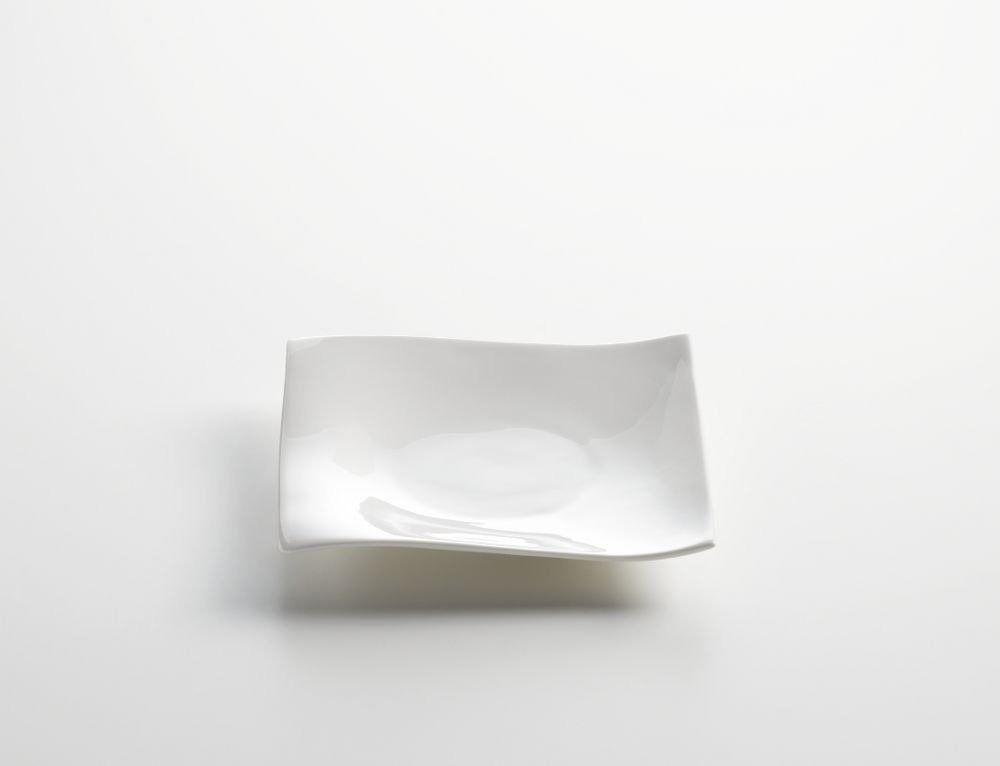 Maxwell & williams - talerzyk płaski z serii motion - 15 cm - 15 x 15 cm